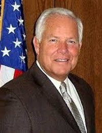 Mayor Don Plusquellic- 2009